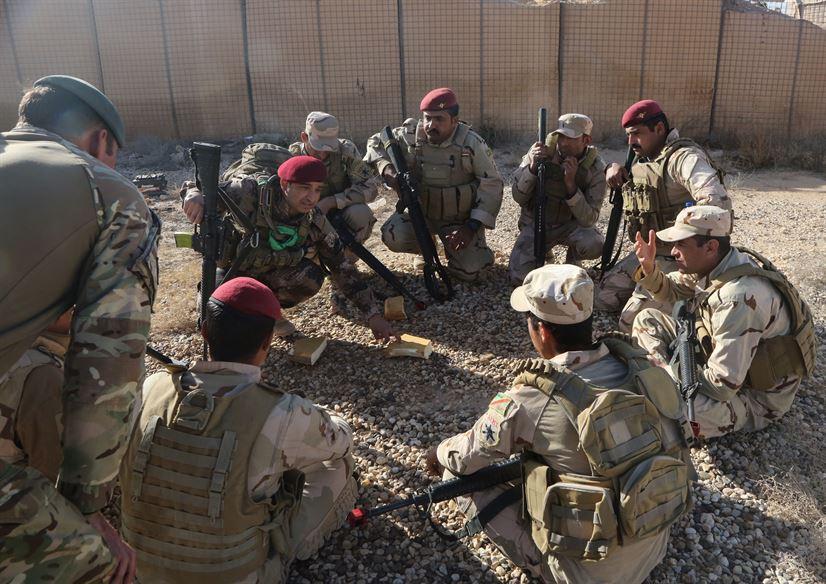 Soldati iracheni in addestramento