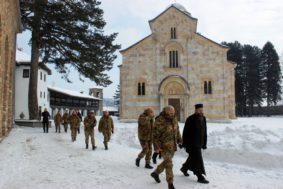 Il generale Zauner visita il monastero di decane
