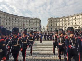 sfilata granatieri di Sardegna (foto Esercito Italiano)