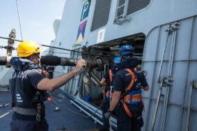 Nave Carabiniere con la Australian Navy (foto Marina Militare)