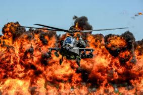 AH-64D Apache (ph. Us Air National Guard/sgr Jorge Intriago)