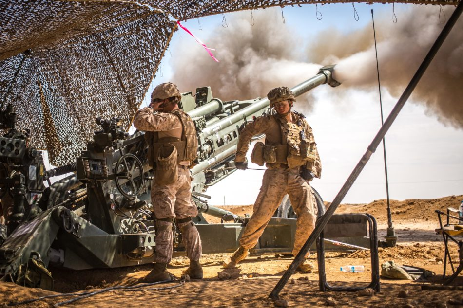 Marines in azione (photo Marine Corps/Lance Cpl. Zachery Laning)