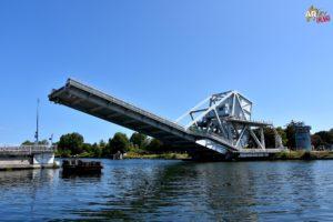D-day Pegasus Bridge, Il ponte per il quale combatterono aspramente i diavoli rossi, ossia i parà inglesi