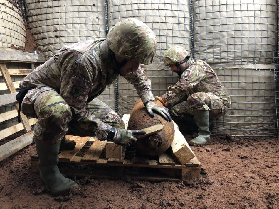 Esercito - Bomba Aprilia - artificieri eod squad