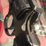 Revolver Enfield N° 2, le armi della seconda guerra mondiale