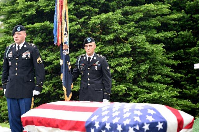 Ultimo saluto per Al Mampre, eroe di Band of Brothers (foto Us Army)