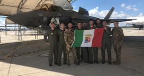 F35 della Marina Militare in volo per addestramento verso la base dei Marines di Beaufort (foto Marina Militare)