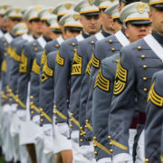 cadetti allineati a west point