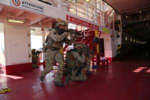 Esercitazione del nono reggimento Col Moschin (Foto Esercito Italiano)