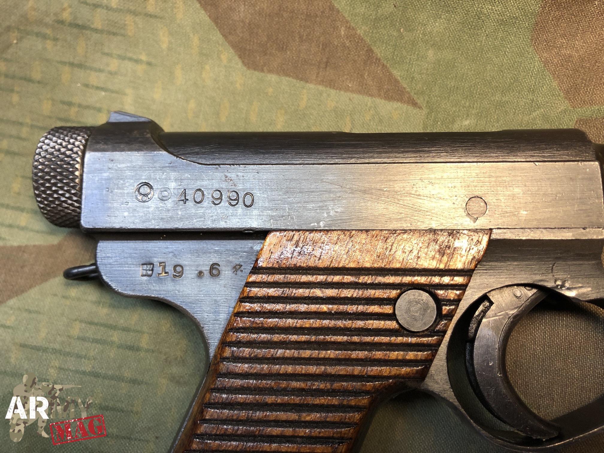 Datazione Ruger pistole