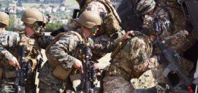 marines e bersaglieri si addestrano in sicilia (foto Esercito italiano)