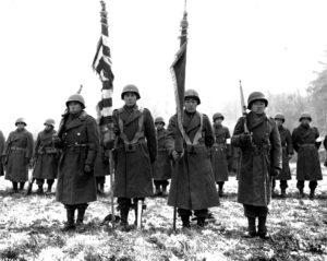 Soldati del 442° reggimento (ph US Army Signal Corps)