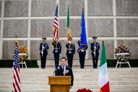 Cerimonia funebre ai cimitero Usa di Firenze per il pilota della ww2 Loren Hintz (foto Enrico Panichi)