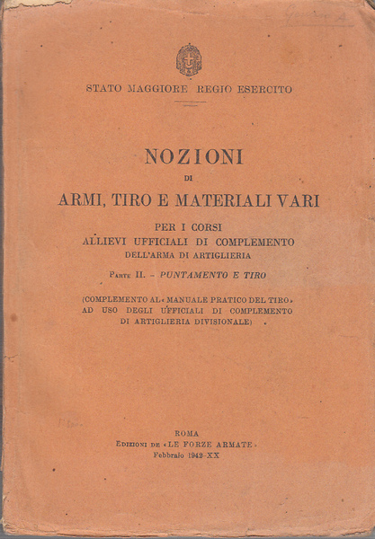 Il manuale sulle armi d'ordinanza distribuito ai corsi per allievi ufficiali