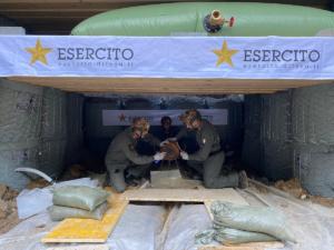 Artificieri dell'esercito bomba Fiumalbo ww2 (foto Esercito Italiano)