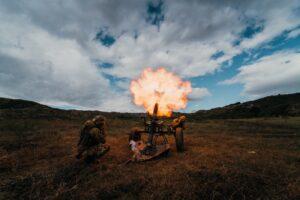 Mortaio Thomson 120 mm parà 183 reggimento Nembo (foto Esercito Italiano)