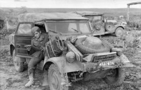 Kübelwagen sul fronte russo (foto Bundesarchiv)