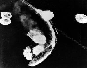 La Yamato sotto attacco