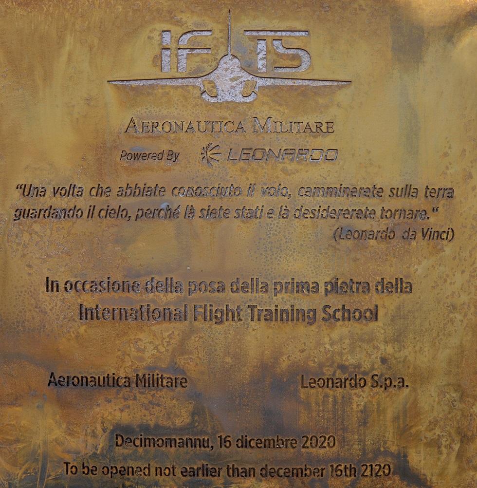 Prima pietra scuola di volo di Decimomannu