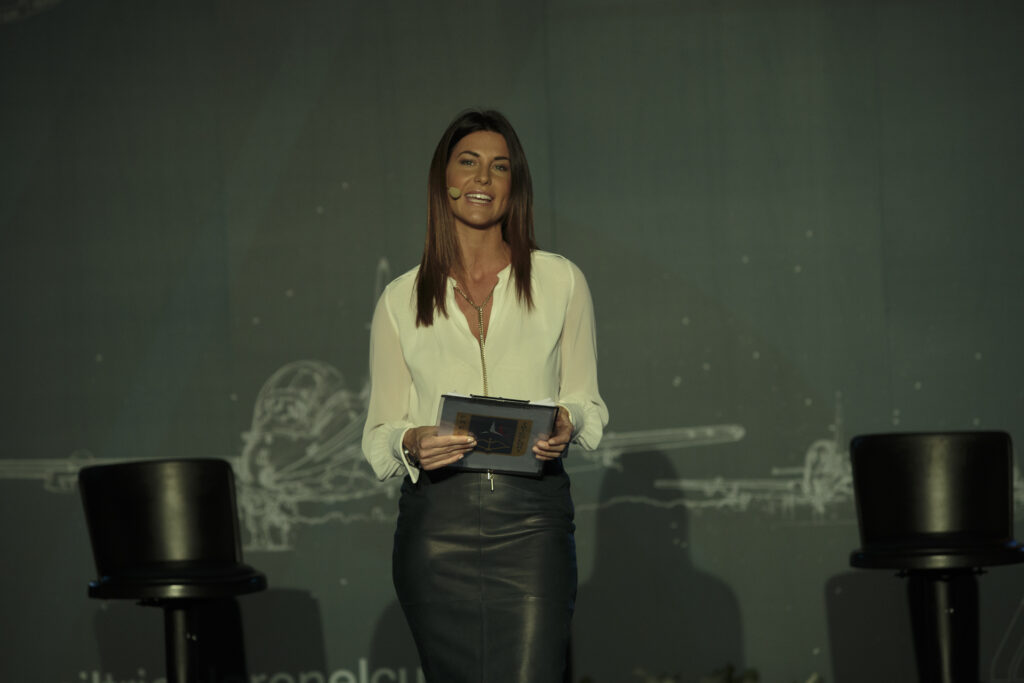 Barbara Pedrotti presenta l'evento delle frecce tricolori 2021