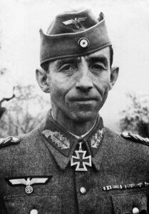 Il generale tedesco Fridolin von Senger und Etterlin (foto Bundesarchiv)