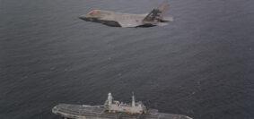 f35 dei Marines in volo sulla Cavour pronti ad appontare (Foto DVIDS)