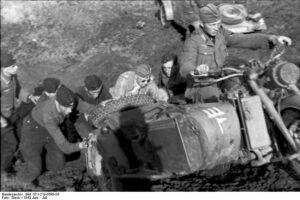 Campagna di Russia fuori dal fango con la Zundapp