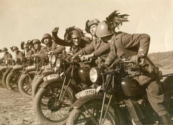 Moto Guzzi Alce bersaglieri