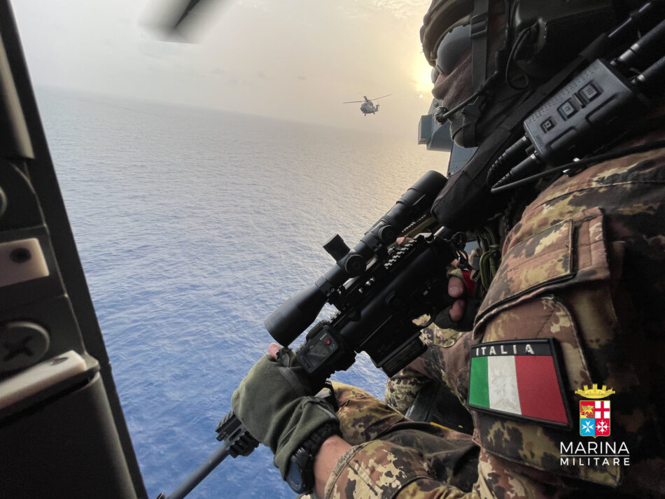 operazione anti pirateria marina militare