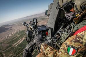 missione recovery personnel Afghanistan folgore (foto Esercito Italiano)