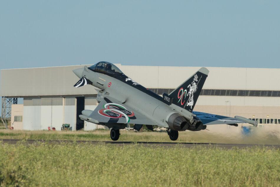 Eurofighter 4° stormo livrea per i 90 anni (foto Aeronautica militare)